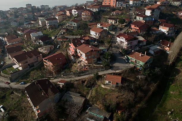 shanty town - adomer stok fotoğraflar ve resimler