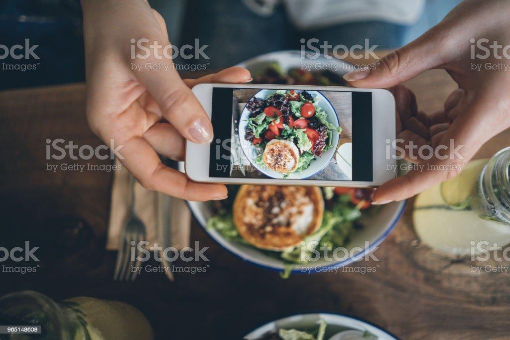 Sharing food zbiór zdjęć royalty-free