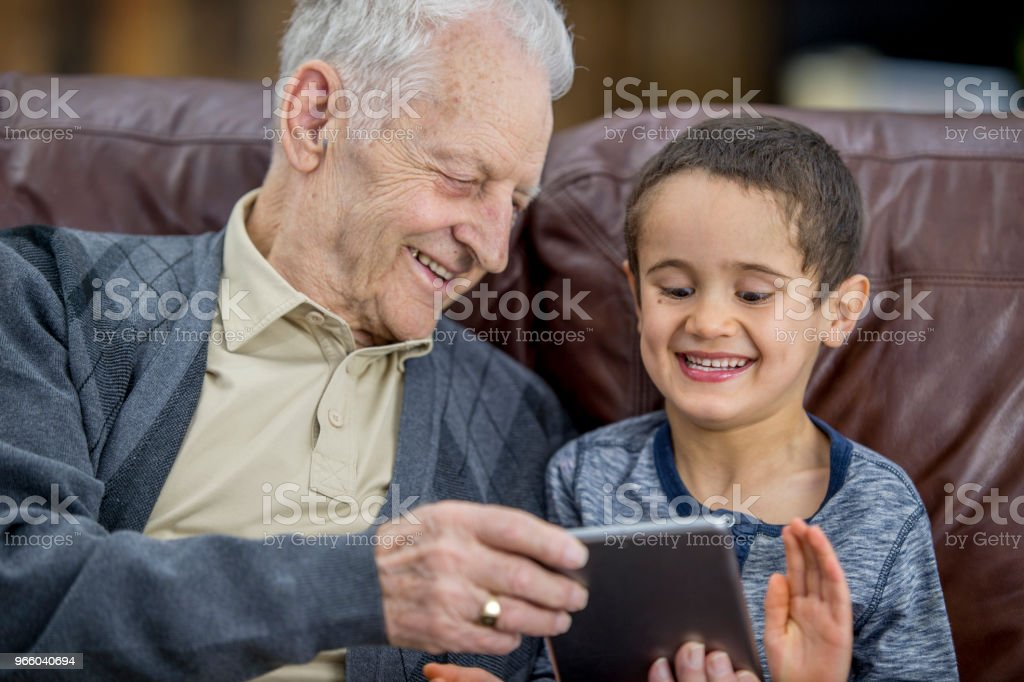 Sharing Technology - Royalty-free 4-5 Years Stock Photo
