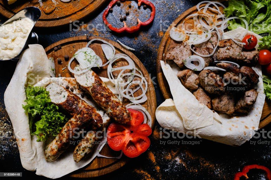 Schaschlik vom Grill Kebab Fleisch armenische Küche Essen – Foto