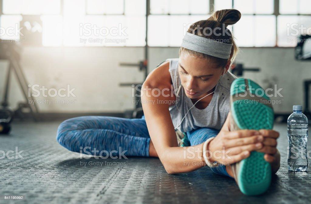 Sie strebt nach Fitness in sich selbst jeden Tag inspirieren – Foto