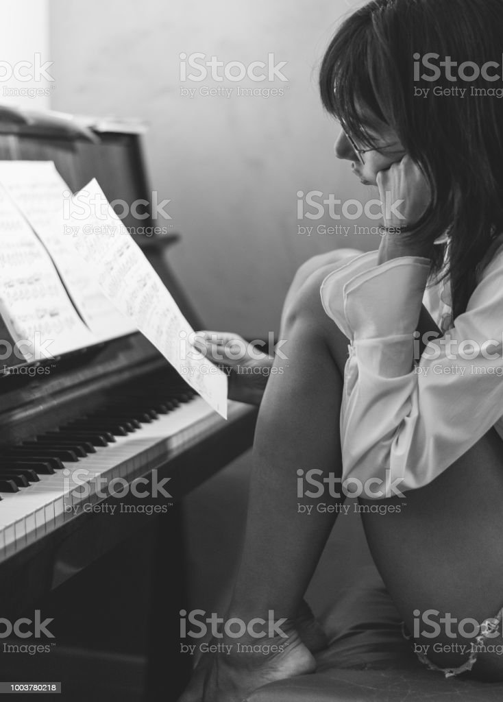 She is in love with piano music