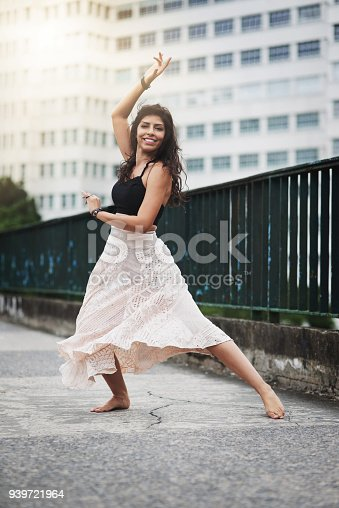 135359671 istock photo She moves with captivating grace 939721964