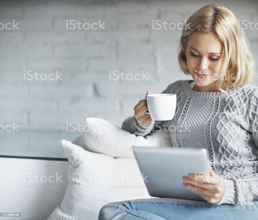 Elle a façonné son matin à la phase de café - Photo