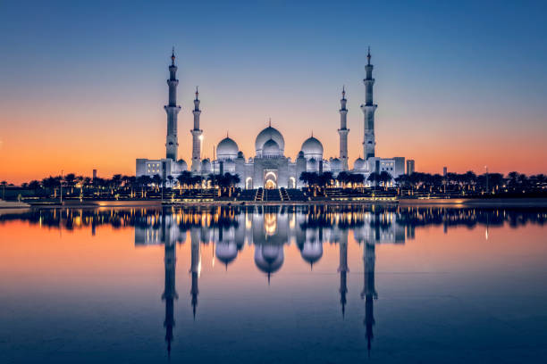 Sheikh Zayed Grand Mosque in Abu Dhabi Dubai, Capital Cities, Famous Place, Middle East, United Arab Emirates grand mosque stock pictures, royalty-free photos & images
