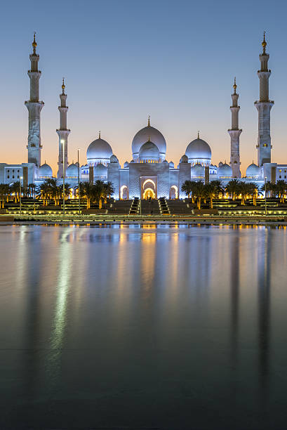 Sheikh Zayed Mosque, Abu Dhabi Sheikh Zayed Grand Mosque, Abu Dhabi grand mosque stock pictures, royalty-free photos & images