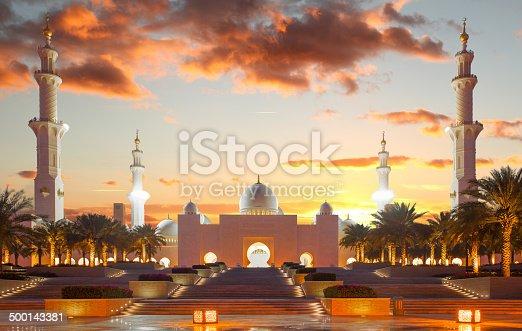 istock Sheikh Zayed mosque in Abu Dhabi, United Arab Emirates 500143381