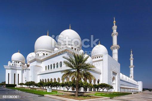 istock Sheikh Zayed mosque in Abu Dhabi, United Arab Emirates 531060061