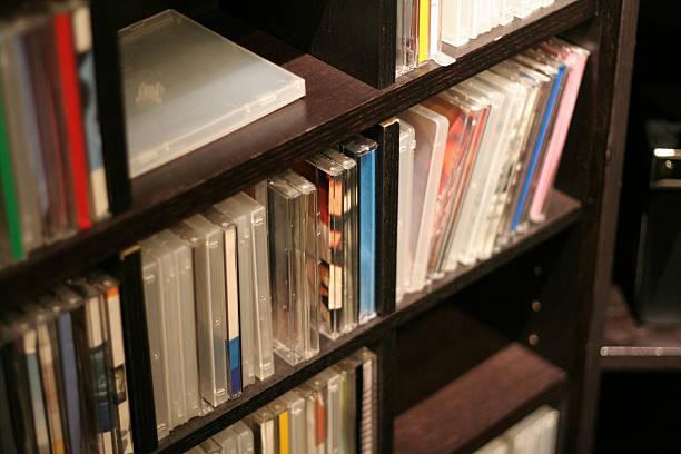cd-regal - cd ständer stock-fotos und bilder