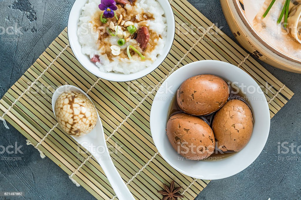 Shelled Hard Boiled Chinese Marbled or Tea Eggs photo libre de droits