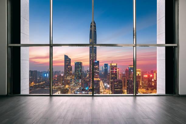 Shenzhen Futian CBD skyline y espacio interior - foto de stock
