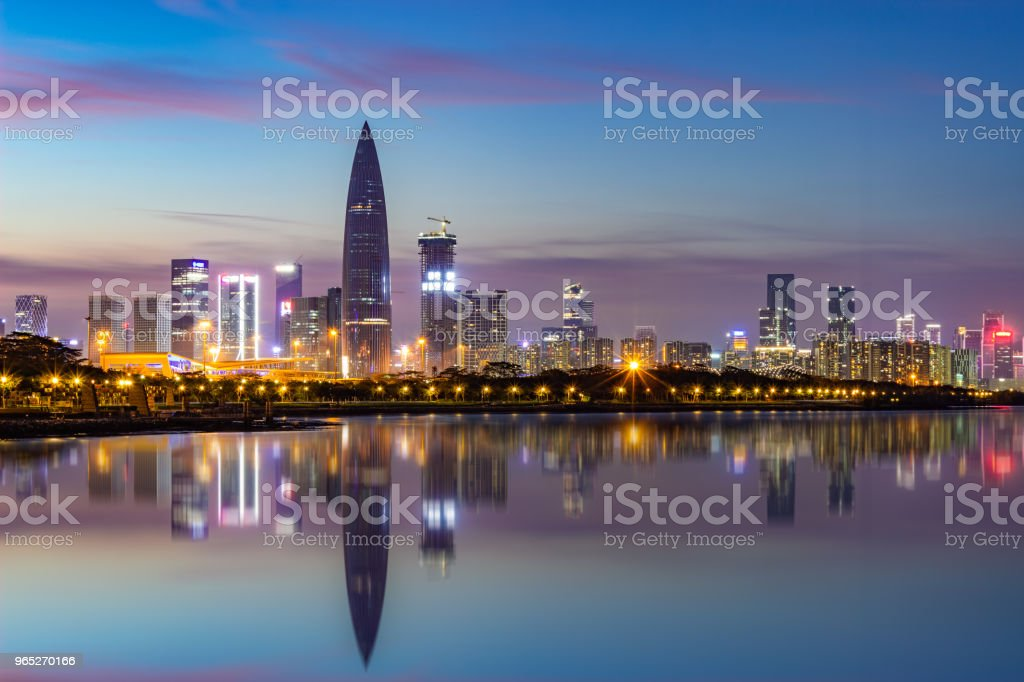 Shenzhen Houhai financial district at night zbiór zdjęć royalty-free