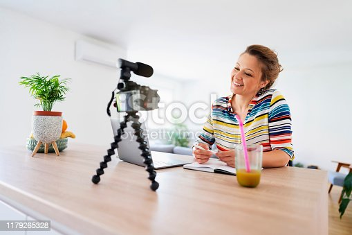 1179265329 istock photo She's a creative person that has something to say 1179265328