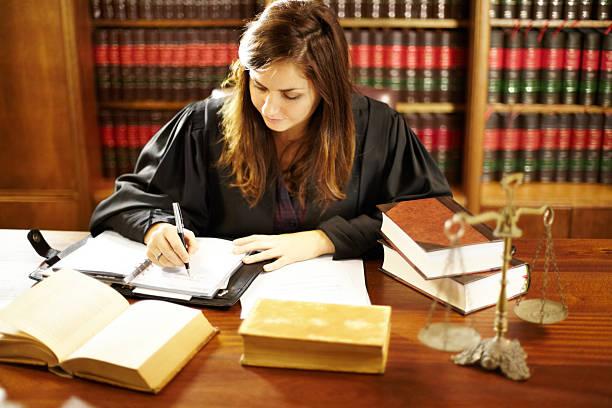 she's an expert in the legal world - juridisch beroep professioneel beroep stockfoto's en -beelden
