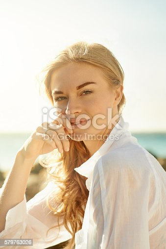 578302556 istock photo She's as beautiful as a day at the beach 579763026