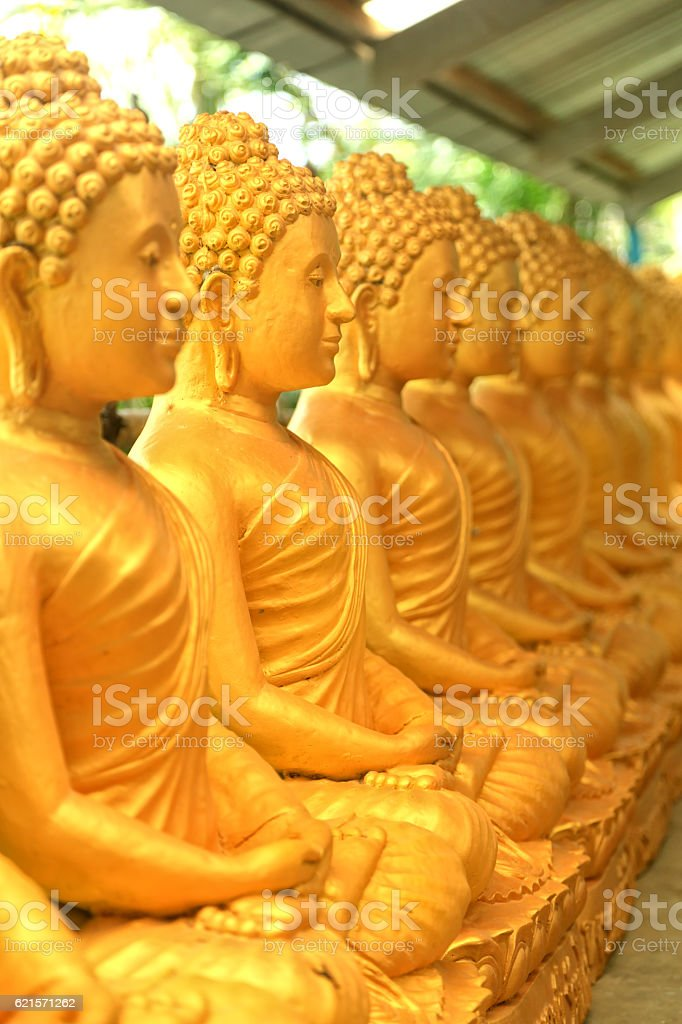 shiny buddha statues photo libre de droits