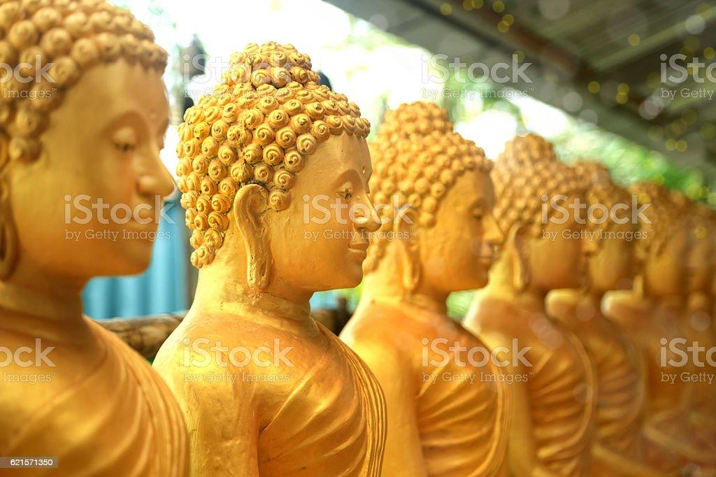 shiny buddha statues photo libre de droits
