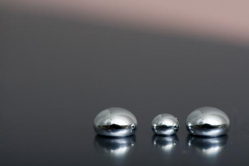 Brillante Mercurio Foto de stock y más banco de imágenes de Acero