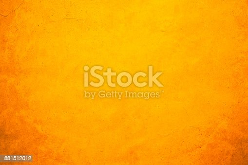 istock Shiny yellow gold wall texture background 881512012