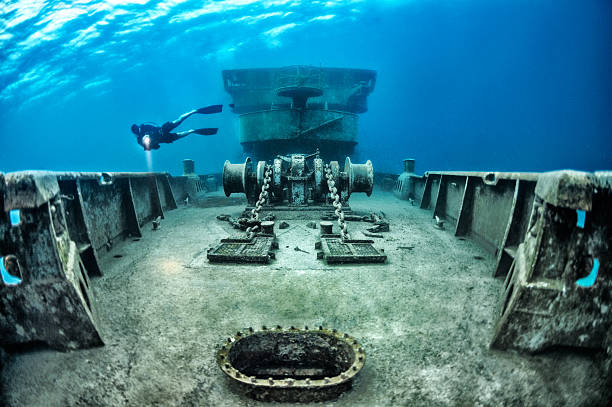 ship details - wreck diving stock pictures, royalty-free photos & images