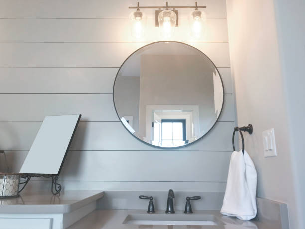 2 825 Vanity Mirror Stock Photos Pictures Royalty Free Images Istock