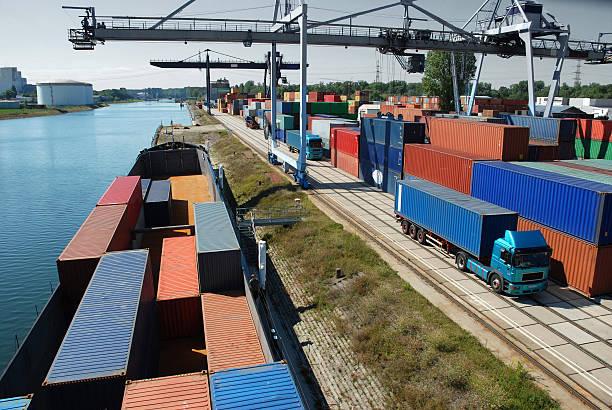 shipping container - karlsruhe schloss stock-fotos und bilder