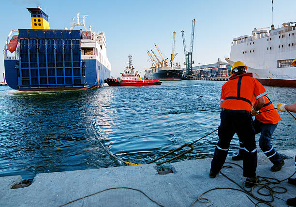 Shipping Shipping mooring stock pictures, royalty-free photos & images