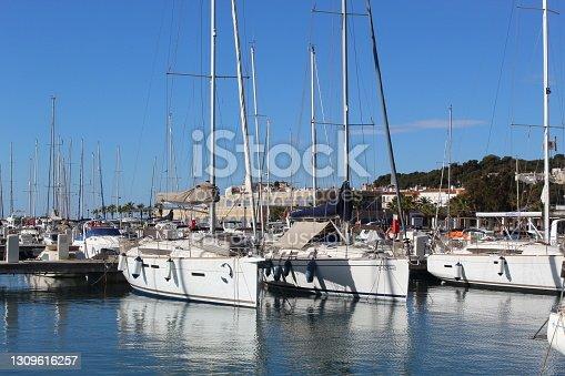 istock Ships at the Sport Port of Roda de Berà 1309616257