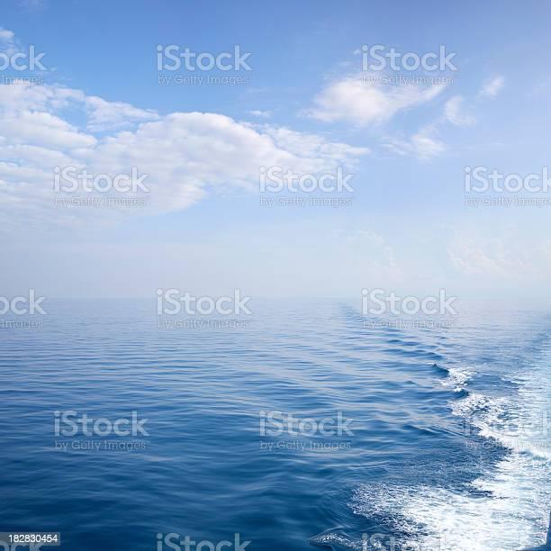 Schiff Wake Stockfoto und mehr Bilder von Bewegung