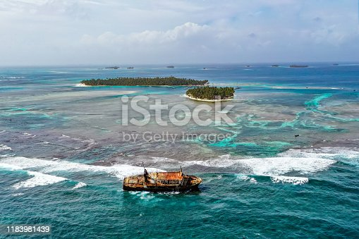 Shipwreck on the coral reef of San Blas in Panama