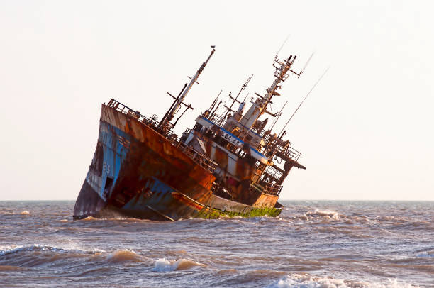 ship-wreck - shipwreck stock pictures, royalty-free photos & images