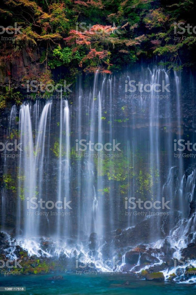 Shiraito Wasserfall im Herbst, Shizuoka, Japan – Foto