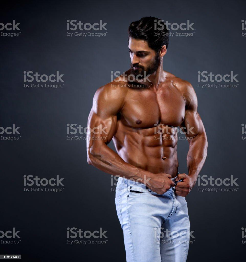 Shirtless Handsome Young Men – zdjęcie