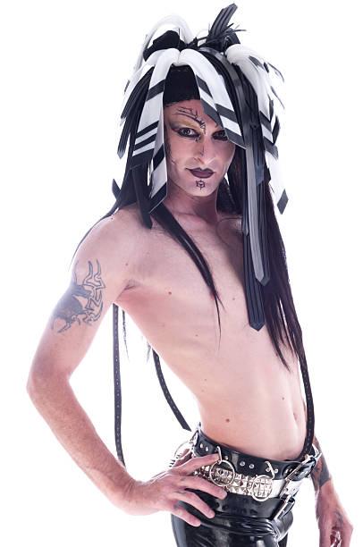 nackter oberkörper mann in cybergoth make-up und kopfschmuck. - unterer rücken tattoos stock-fotos und bilder