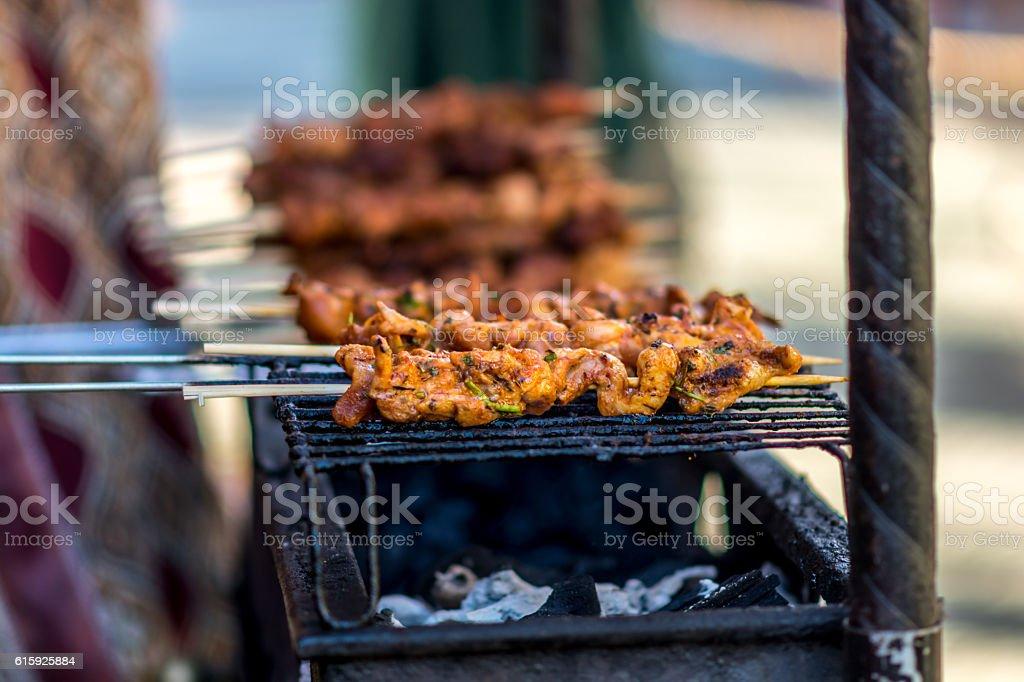 Shish kebab on barbecue - foto de stock