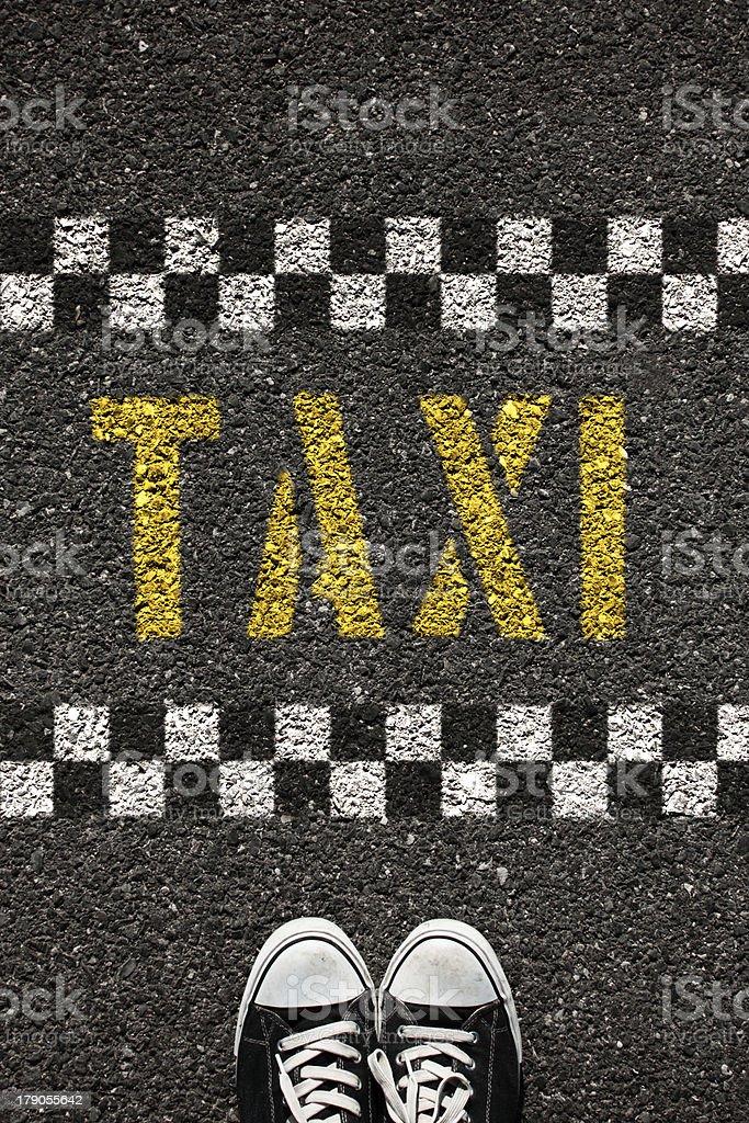 quality design 4a961 0698e Schuh Und Taxisymbol Stockfoto und mehr Bilder von Abwarten ...