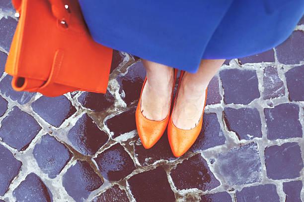 calçado e bolsa - moda de calçados - fotografias e filmes do acervo