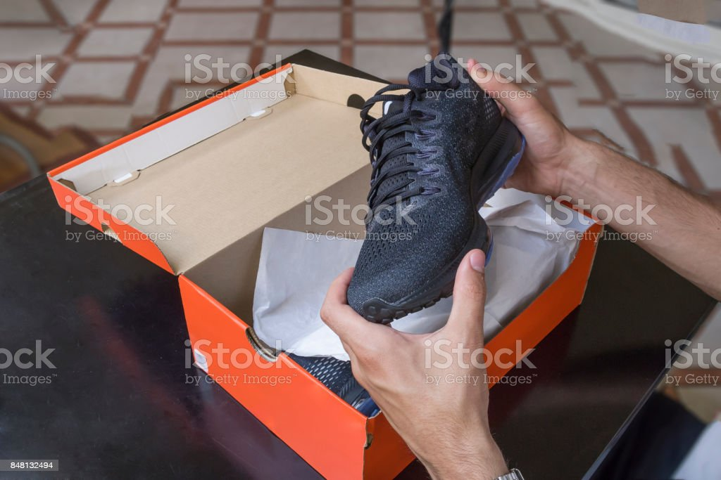 Schuhe box – Foto
