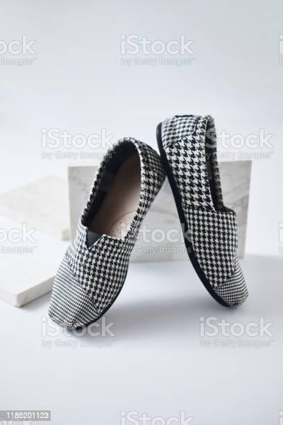 Shoes espadrilles on white background picture id1185201123?b=1&k=6&m=1185201123&s=612x612&h=c2zdkuap2ii bg6bbolqd9wzodnfgfkmfrr0oqo4fbw=
