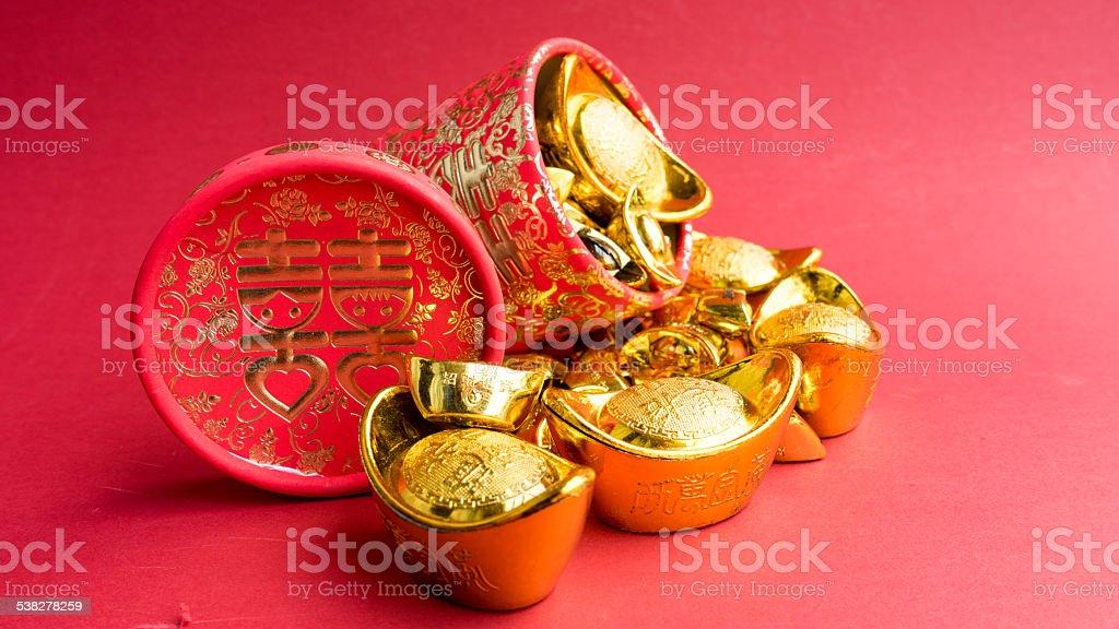 Schuhförmige Metall Gold Barren Und Chinesische Hochzeit