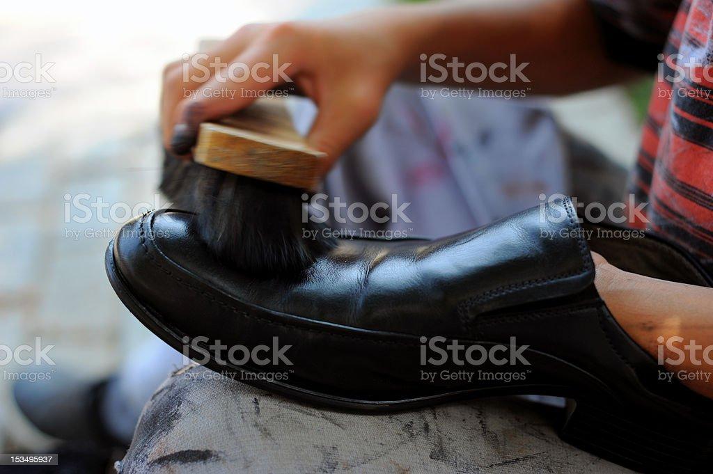 磨き の 少年 靴