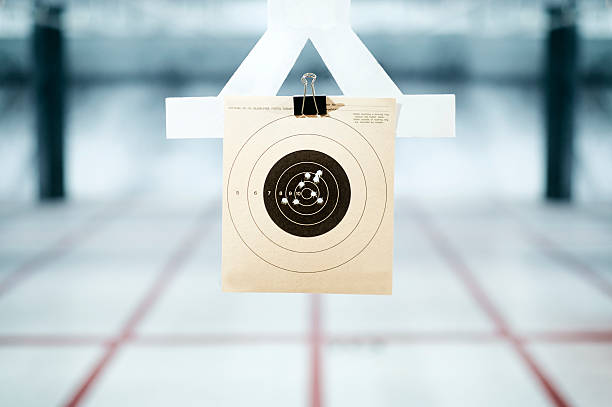 shooting range - gun shooting stockfoto's en -beelden
