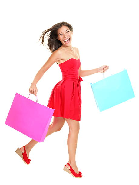 shopper-frau shopping - kleider günstig kaufen stock-fotos und bilder