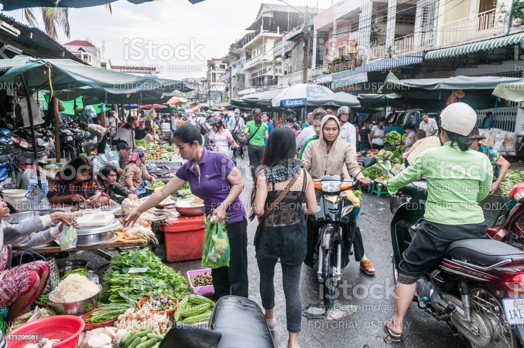 Shoppers At The Russian Market In Phnom Penh, Cambodia stock photo