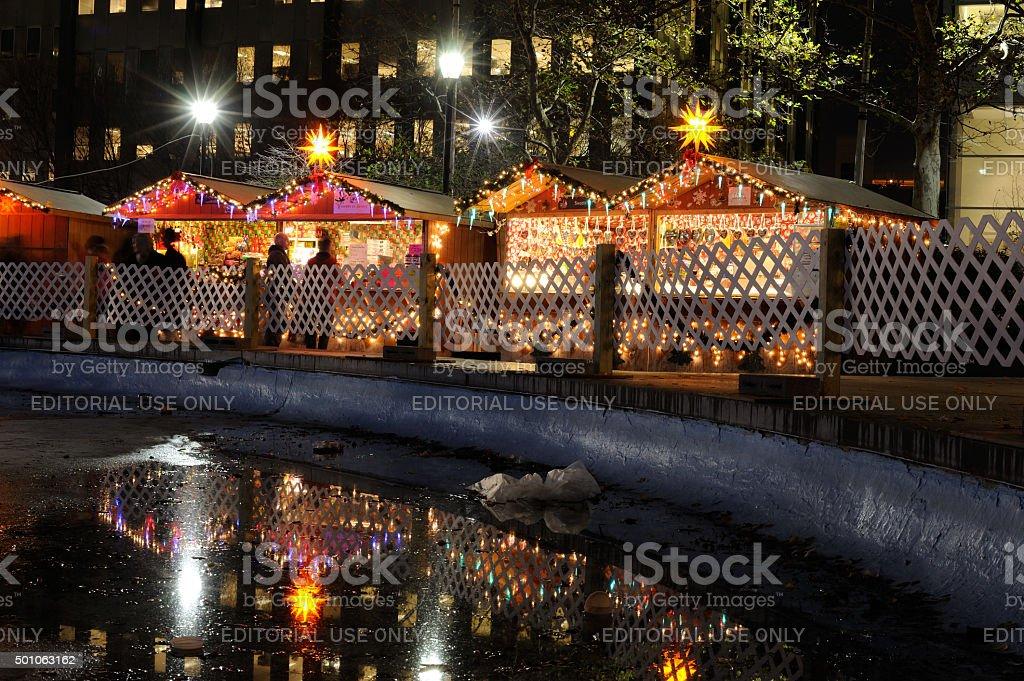 christmas market market stall shopping john f kennedy plaza philadelphia pennsylvania