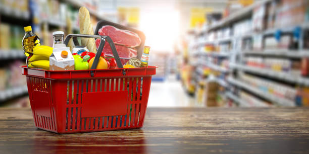 Shopping basket with fresh food. Grocery supermarket, food and eats online buying and delivery concept. Shopping basket with fresh food. Grocery supermarket, food and eats online buying and delivery concept. 3d illustration supermarket stock pictures, royalty-free photos & images