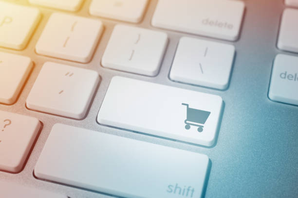 Warenkorb Icon auf Computer-Keyboard – Foto