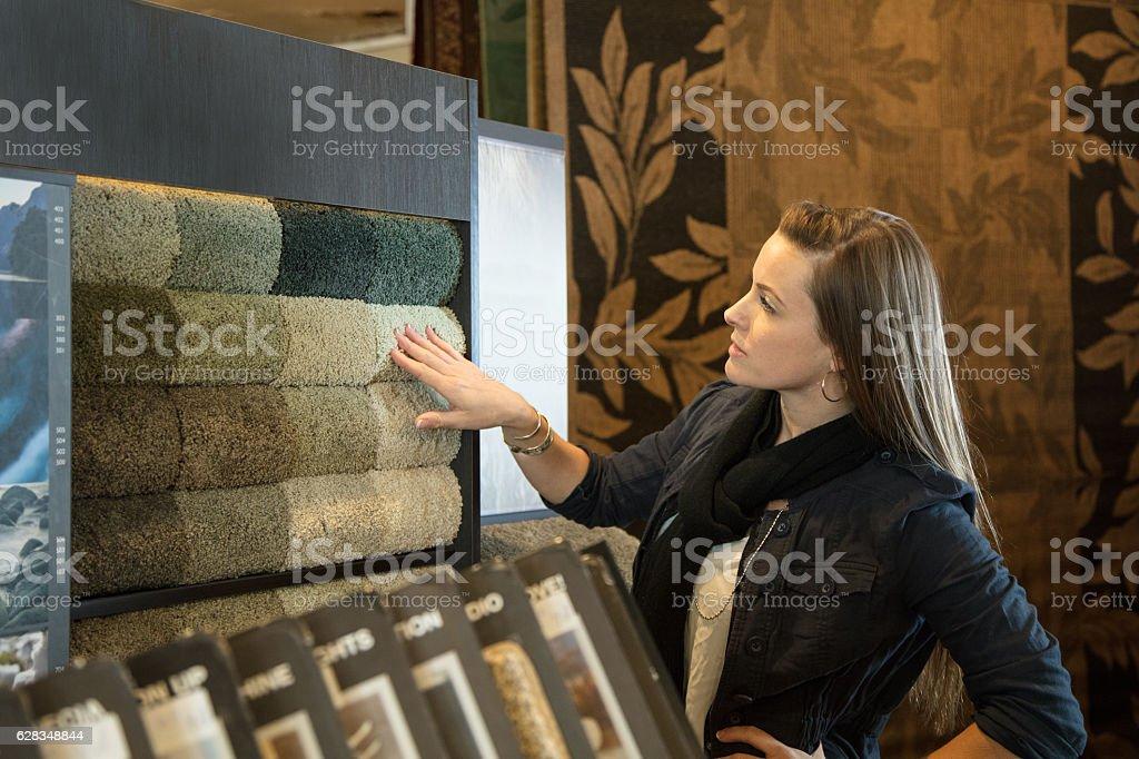Shopping for flooring - foto de acervo