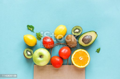 istock Shopping healthy food 1140835158