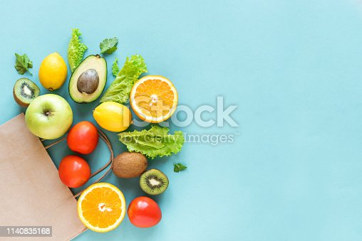 istock Shopping healthy food 1140835168